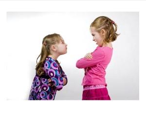 2-kids-arguing